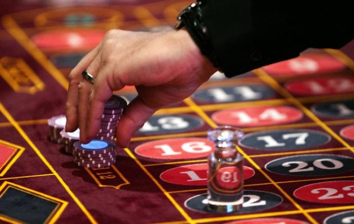 Bị bệnh tim có nên chơi casino không?