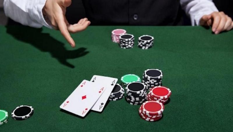 Không chơi poker khi tâm trạng không tốt