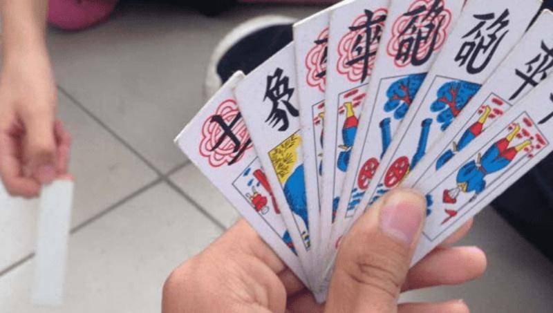 Cách chơi bài Tổ Tôm 5 người